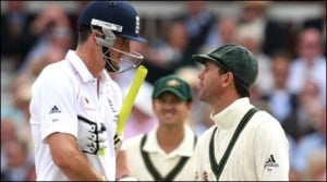 Ricky Ponting and Kevin Pietersen share a joke after Bopara is declared not out despite a clean looking catch