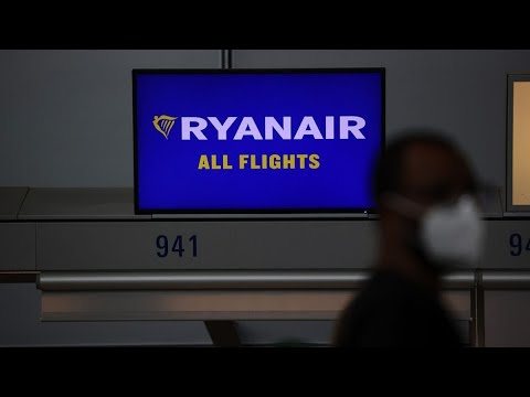 Ryanair Sees Strong Bookings as EU Vaccine Pass Goes Live