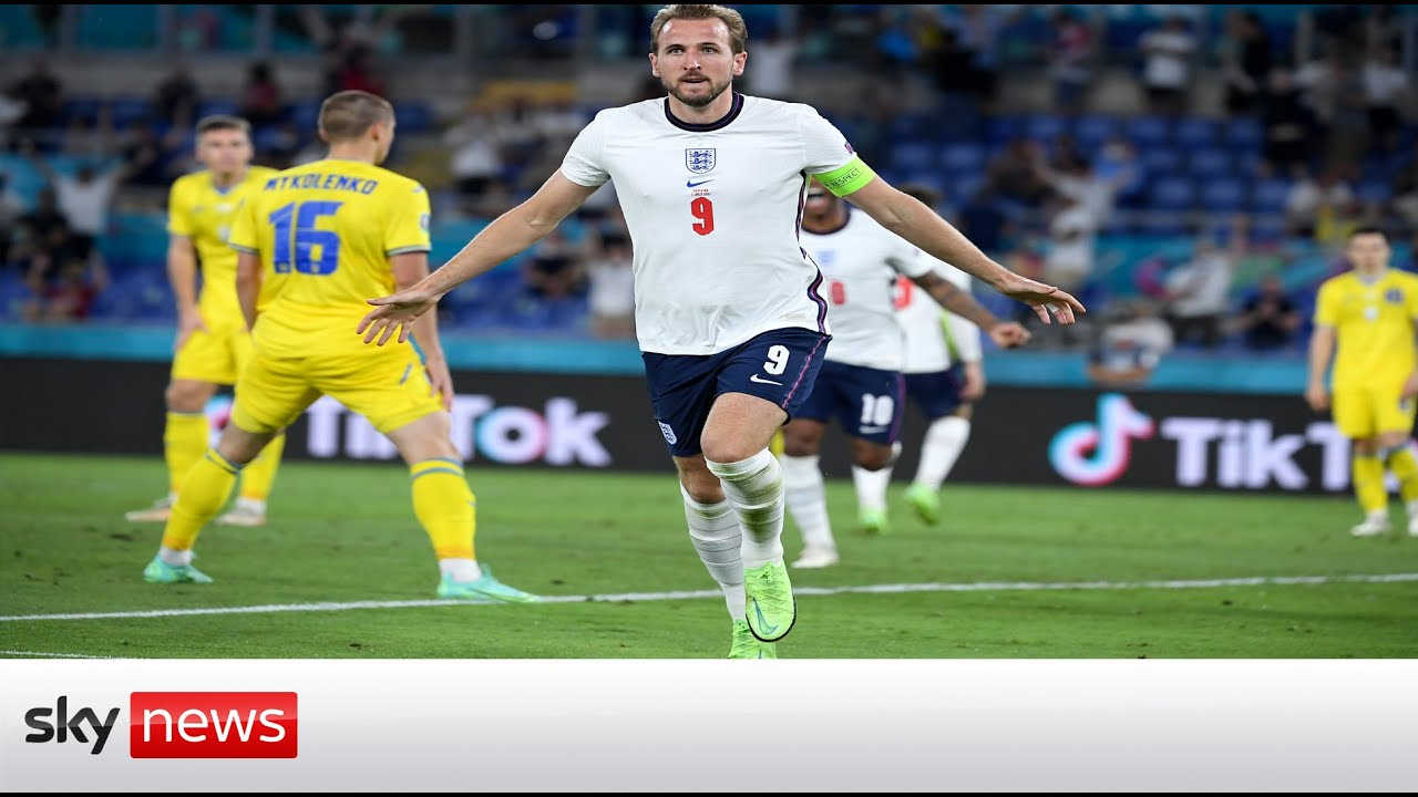 Euro 2020: England fans celebrate victory over Ukraine in Rome